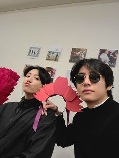 taekook vkook taehyung v jungkook jk children's Day red Bts Taehyung, Jimin, Kookie Bts, Bts Bangtan Boy, Jung Kook, Jung So Min, Foto Bts, Vkook Memes, Bts Memes