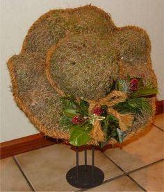 Garden Crafts, Garden Art, Container Plants, Container Gardening, Chicken Wire Sculpture, Chicken Wire Crafts, Outdoor Crafts, Arte Floral, Garden Ornaments