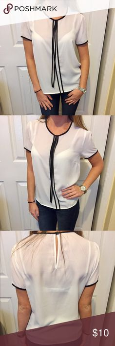 Short sleeve chiffon top! Short sleeve chiffon top from forever 21. Only worn a couple of times. No rips, stains or damage. White with two black stripes down the middle with two black strings. Size small. No trades ❌🙅🏻 Forever 21 Tops Blouses