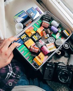 So what are you all shooting with this weekend? I'm keeping things simple/cheap with some Fuji Superia 400. @ciasteczkatynki on the other hand has a tough choice from an impressive eclectic range! #cameracult #film #35mmfilm #zenit #zenit12xp #slr #filmcamera #cameraporn #ilford #ilfordpan400 #agfa #fujifilm #kodak #rollei #fomapan #expiredfilm #analog #shootfilm #filmisnotdead