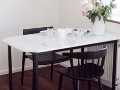 BOLIG  DIY marmor spisebord p budget  Acie  Stylista