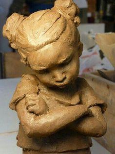 Home - Anne-Laure Pérès - Sculptor Sculptures Céramiques, Art Sculpture, Pottery Sculpture, Anne Laure, Paperclay, Clay Figures, Laura Lee, Ceramic Artists, Art Plastique