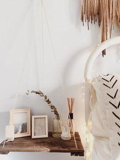 Hängende Regal / / zurückgefordert Holz / / Palettenregal / / Regal Swing / / Holz-Regal zurückgefordert / / Regal aufgehängt / / Wall Art / / Palette Kunst