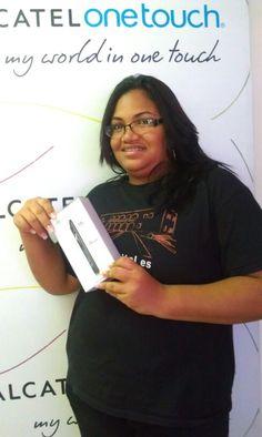 Arianis Pérez fue la feliz ganadora, el pasado 21 de Agosto, de un espectacular ONE TOUCH IDOL ULTRA, durante los entrenamientos realizados la semana pasada en República Dominicana al equipo de representantes de ventas de Orange. Felicitaciones Arianis!