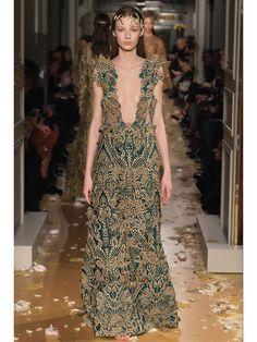 Défilé couture été 2016 : Valentino - 36