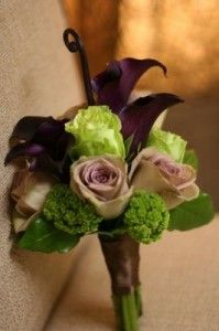 Purple calla lily and green roses wedding bouquet flowers