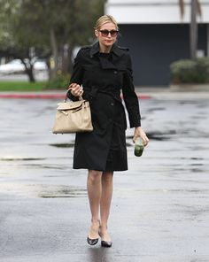 Pregnant Kelly Rutherford Arriving At Courthouse Looking Chic