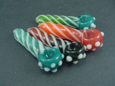 Glass Pipe - Glow in the dark glass spoon http://twistedd.net/collections/spoons/products/glow-spoon-small