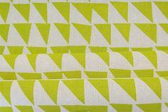Telas serigrafiadas a mano vía Textiles con mucha personalidad - Living - ESPACIO LIVING