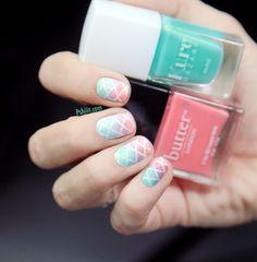 (Tuto Nail Art) Des ongles quadrillés aux nuances printanières