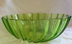 Vintage Emerald Glass Fluted Salad/Fruit Bowl Beautiful