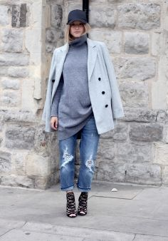 Maternity Sportswear - Stylishly oversized (Charlotte from The Fashion Guitar)