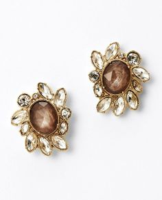 sparkle studs----This will look GREAT with my new Holiday dress for the party!!!  I have to have these!!
