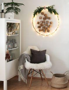 make scandinavian christmas decorations advent calendar yourself Scandinavian Christmas Decorations, Decoration Christmas, Holiday Decor, Christmas Room, Cozy Christmas, Christmas Crafts, Calendrier Diy, Diy Advent Calendar, Christmas Calendar