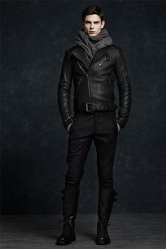 Menswear | Leather jacket | All black | Boots |