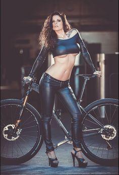The Sexy Cycling Kalender 2018 Februar