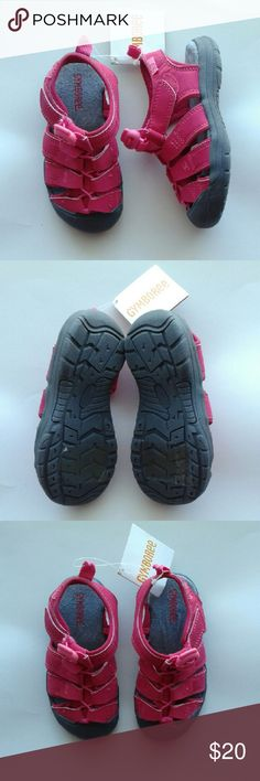 Surf adventure pink trail shoes sandals size 11 -Velcro closure -Rubber sole Gymboree Shoes Sneakers