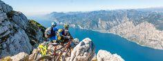 Il #MonteAltissimo: vista spettacolare a 360° su #lagodiGarda, #DolomitidiBrenta, #Adamello e tutte le cime del #Trentino meridionale. Lassù, il rifugio #Altissimo è una tappa imperdibile!  #MonteAltissimo offers a stunning view on #lakeGarda, #BrentaDolomites, #Adamello and all the peaks of southern #Trentino. The hut #Altissimo is simply not to be missed! #mountaingardabike #trentino