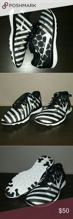 Women's Nike Free Trainer fit 5 Women's Nike Free Trainer fit 5 size 8.5 great condition Nike Shoes Athletic Shoes