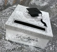 2020 Graduation Ideas Discover Rhinestone Graduation Card Box with grad cap tassel and large bow Rhinestone Graduation Card Box with grad cap by ThePartyPlaceLI Graduation Card Boxes, Graduation Party Planning, College Graduation Parties, Graduation Party Decor, Graduation Cap Decoration, Grad Parties, Graduation Gifts, Graduation Ideas, Graduation Sayings