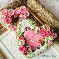 今更ですが…  #バレンタイン#ハート#valentine #アトリエライラック#AtelierLilac#SugarSugar認定校#薔薇#アイシングクッキー#アイシングクッキー教室#大阪#池田#北摂#豊中#川西#箕面#宝塚#神戸#Heart #heart #rose#icingcookie#frosting曲奇#糖霜曲奇