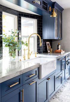 Home Decor Kitchen, New Kitchen, Home Kitchens, Summer Kitchen, Country Kitchen, Kitchen Decorations, Blue Kitchen Interior, Funny Kitchen, Custom Kitchens