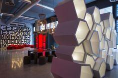 El Radisson RED Cape Town en el distrito del Silo, es un espectacular hotel con mentalidad 'millennial' inspirado por el arte, la música y la moda,
