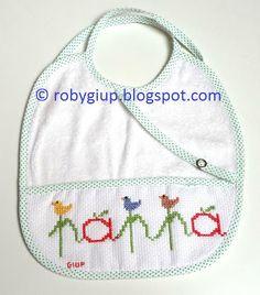 "RobyGiup handmade: bavaglino ricamato a punto croce con scritta ""pappa"" - Cross-stitched bib with ""pappa"" (=""baby food"") writing"