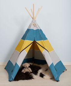 OBS: Lynlåsen i det grå telt, er hvid i stedet for sort. Lad dit barn finde sin indre indianerprinsesse eller indianerhøvding frem og slå lejr med verde...  1195kr