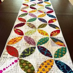 This is the second table runner I have made like this, this one is for me. #alisonglass#tablerunner#orangepeelquilt