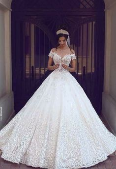 Cheap gown protector, Buy Quality dress bridal gown directly from China gown disposable Suppliers: 2017 Vintage Lace Wedding Dresses Off the Shoulder Short Sleeves Applique Wedding Bridal Gowns Robe De Mariage Custom Made Princess Wedding Dresses, Long Wedding Dresses, Dress Wedding, Tulle Wedding, Elegant Wedding, Bridesmaid Dresses, Prom Dresses, Trendy Wedding, Wedding Ideas