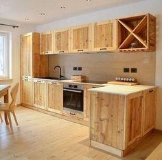 Wooden Kitchen, Diy Kitchen, Kitchen Decor, Kitchen Ideas, Furniture Plans, Cool Furniture, Cocina Diy, Palette Diy, Small Apartment Kitchen