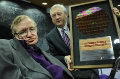 Intel celebrates Stephen Hawking's birthday with personalized silicon wafer | Digital Trends