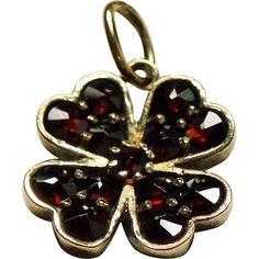 Antique Victorian Rose Cut Garnet Four Leaf Clover Gilt Silver Pendant Charm. Lucky.... Garnet Jewelry, Pendant Jewelry, Pandora Bracelet Charms, Charm Bracelets, Antique Jewelry, Vintage Jewelry, Garnet Pendant, Neck Chain, Jewelery
