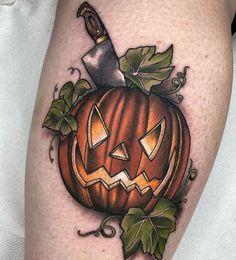 Leg Sleeve Tattoo, Leg Tattoos, Body Art Tattoos, Cool Tattoos, Back Tattoo Women, Sleeve Tattoos For Women, Tattoos For Guys, Traditional Tattoo Halloween, Spooky Tattoos