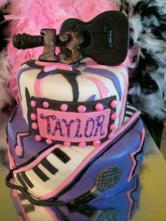 Made by LaKeisha Keck with Sweet Tooth Mother and Daughter cakes. Girlie musical cake.