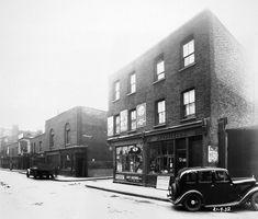 Name:  Cable Street September 1938cb.jpg Views: 3112 Size:  75.5 KB