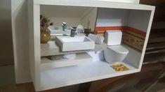 Quadro de banheiro em miniatura
