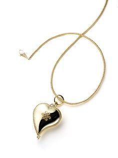Diane von Furstenberg by H.Stern collection. Heart pendant in 18K yellow gold.