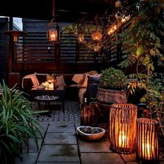 55 Amazing Utilization Ideas Eclectic Balcony Source by ekrautenbacher Related posts: 50 Amazing Balcony Garden Designs &… Small Balcony Decor, Tiny Balcony, Outdoor Balcony, Balcony Design, Outdoor Lounge, Patio Design, Backyard Patio, Backyard Landscaping, Exterior Design