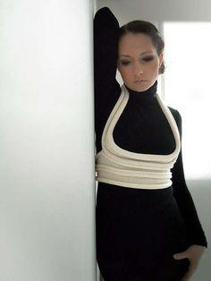 Wearable Skeletal Cages - Body Jewelry by Stephanie Bila Exemplifies Avant-Garde Design (GALLERY)