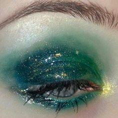Glossy eye makeuplook