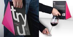 O projeto Boa Boca Gourmet nasceu em Évora(Portugal) em 2004, é uma microempresa que conta atualmente com quatro pessoas.O conceito é Food+Design e o objetivo é divulgar os produtos tradicionais portugueses transformando-os em objetos de design. Com esse vinho eles conseguiram.Veja mais produtos do Boa Boca Gourmet além do vinho.via