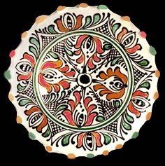 Romania Pottery, Keramik, Ceramique, Ceramica: Transylvania: Korund, Corond, Sibiu Roumania Pottery Vase, Ceramic Pottery, Dinnerware Inspiration, 1 Decembrie, Contemporary Decorative Art, Clay Plates, Naive Art, Clay Crafts, Romania