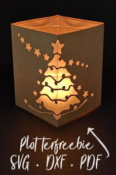 Plotterfreebie lantern Christmas tree - cameo - freebies and files to pay for - Christmas Crafts To Sell, Noel Christmas, Diy Crafts To Sell, Christmas Cards, Crafts For Kids, Easy Crafts, Wood Crafts, Paper Crafts, Xmax