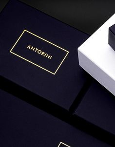 Luxury Gifts for Men, Wallets, Handbags Luxury Gifts For Men, A Good Man, Best Sellers, Leather Wallet, Fashion Accessories, Luxury Fashion, Cards Against Humanity, Handbags, Masters