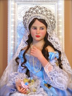 """""""Young Queen"""" One of a kind doll ny Jamie Williamson"""