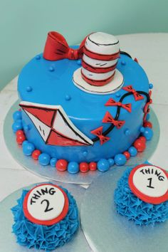 Dr. Suess Cat in the Hat inspired cake!