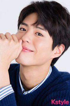 Park Bo Gum for Kstyle Handsome Asian Men, Handsome Faces, Most Beautiful Faces, Beautiful Men, Asian Actors, Korean Actors, Park Bo Gum Wallpaper, Ji Chang Wook Photoshoot, Park Go Bum
