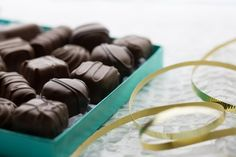 Ganong's Chocolate Indulgence box is the finest selection of hand-crafted chocolates and Ganong premium enrobed chocolates. Each piece is individually cup-packed at the Ganong Chocolatier artisan studio and are 100% gluten free! Surprise your valentine this year with this sweet gift!